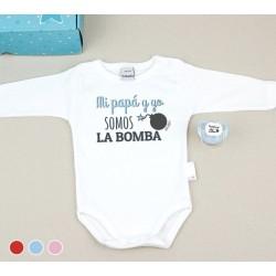 """Caja Regalo especial papá: body + chupete """"papi y yo somos la bomba"""""""