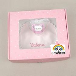Caja regalo bebé babero y chupete personalizados rosa